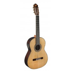 "Guitarra ""ADMIRA"" Virtuoso Electrificada"